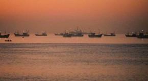 गणतंत्र दिवस से पहले पाकिस्तान ने नौ भारतीय नौकाओं,50 मछुआरों को पकड़ा