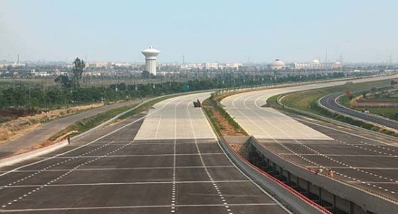 Agra Lucknow expressways foundation-laid-to-be-done-in-22-months