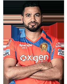 Shadab Jakati cricketer