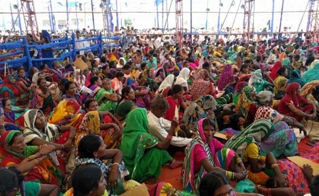 mayawati-azamgarh-rally_650x400_41472365353