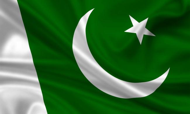 pakistan-flag-650x390
