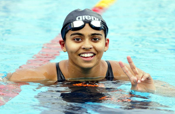 shivani-kataria-swimming