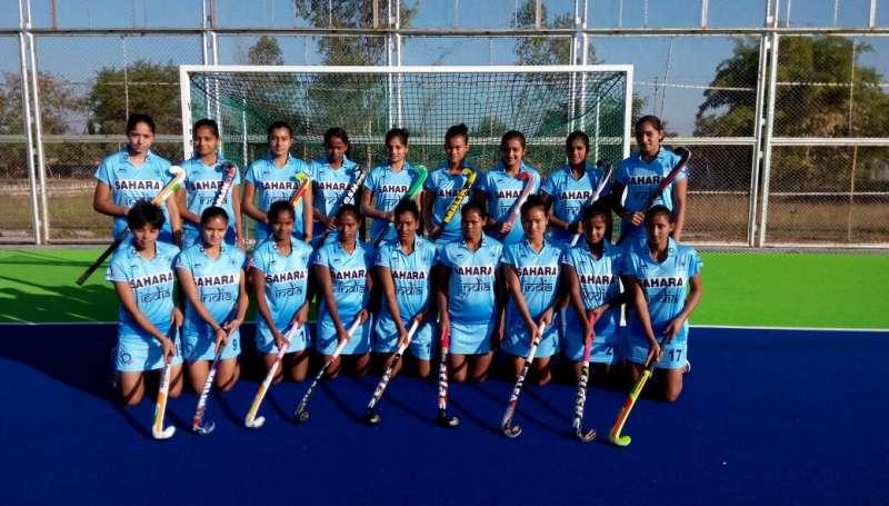 hockey-team-women-u-18