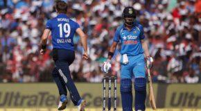 टॉस जीतकर इंग्लैंड ने चला दांव, पहले बल्लेबाजी करेगा भारत