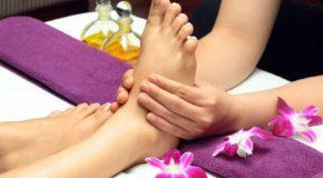 सोने से पहले पैरों की मालिश करने के है कई फायदे