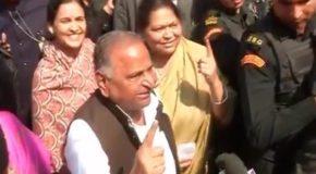 अखिलेश बनेंगे मुख्यमंत्री और शिवपाल उनकी सरकार में मंत्री-मुलायम सिंह यादव