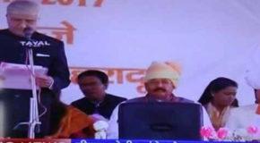 त्रिवेंद्र सिंह रावत बने उत्तराखंड के मुख्यमंत्री,7 कैबिनेट और 2 राज्यमंत्रियों ने ली शपथ